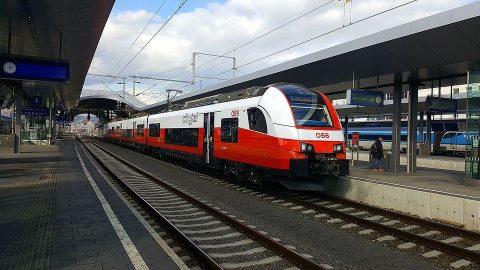 ÖBB train, source: Wikipedia