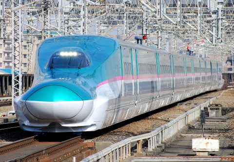 Japanese bullet train, source: Wikipedia