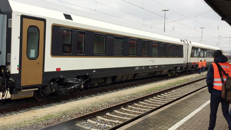 Stadler coaches for Azerbaijan in Germany, source: Azerbaijan Railways