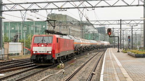 DB Cargo train, illustrative