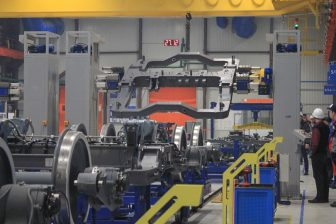 Metrovagonmash bogie assembly line, source: Metrovagonmash