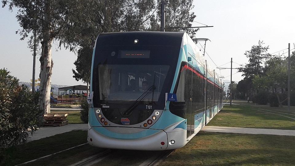 Hyundai Rotem tram in Izmir, source: Wikipedia