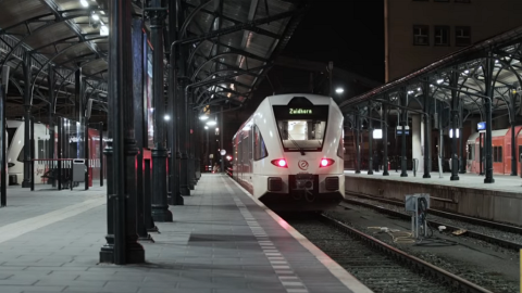 Arriva train at Groningen station, source: ProRail
