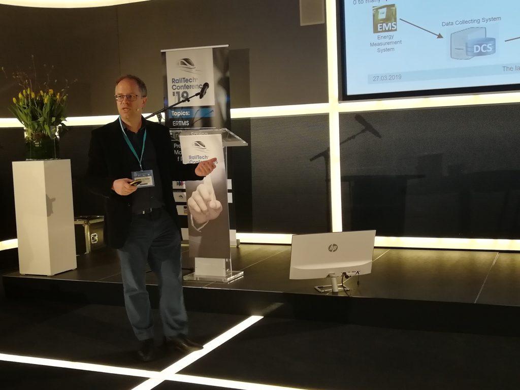 Bart van der Spiegel speaks at RailTech Conference, source: RailTech