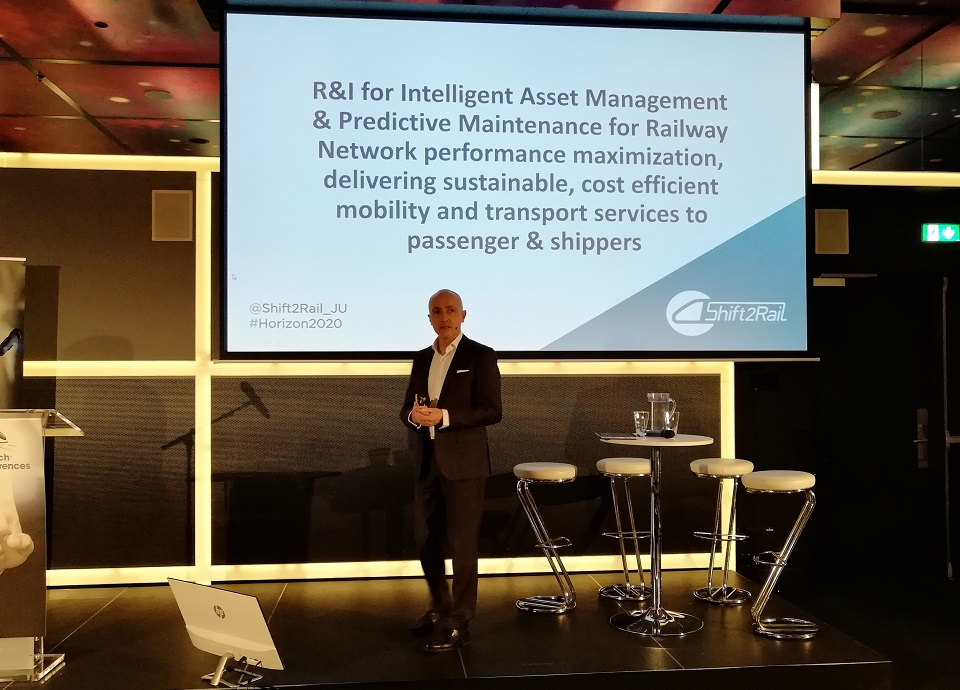 Carlo Borghini speaks at RailTech Conference, source: RailTech