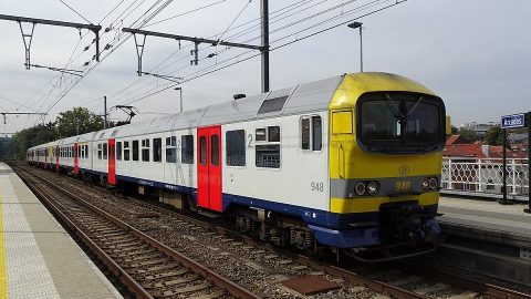 MS86 train at Arcaden station, source: Wikipedia