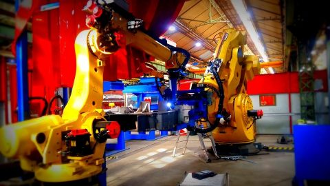 Alstom high-capacity welding robot in Le Creusot, source: Alstom
