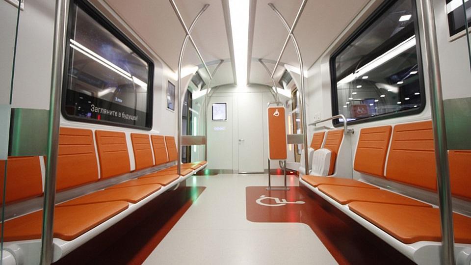 Seats of Transmashholding train concept for Saint Petersburg Metro, source: Transmashholding