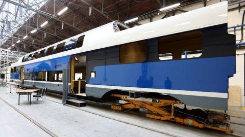 Assembling of Stadler Kiss train at Dunakeszi Járműjavító, source: Dunakeszi Járműjavító