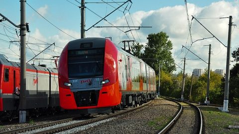 Lastochka autonomous train on Shcherbinka railway test ring, source: Sinara Group