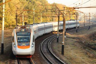 EKr1 Tarpan high-speed train of Ukrainian Railway, source: Wikimedia Commons