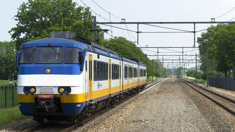 SGM Sprinter train of Nederlandse Spoorwegen, source: Wikimedia Commons