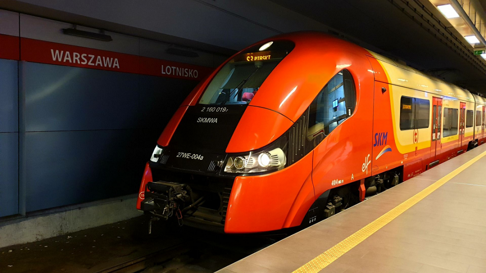 A train at Warsaw Chopin Airport railway station, source: SKM Warszawa