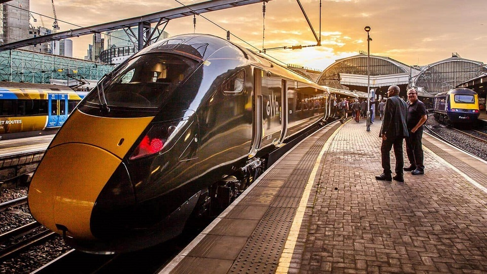 GWR bi-mode train