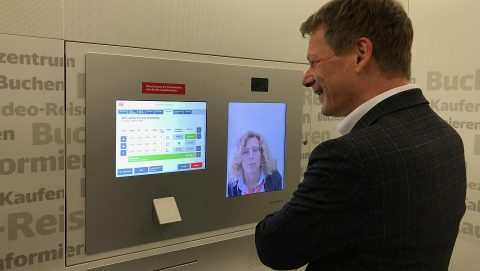 A video ticket machine, source: Deutsche Bahn (DB)
