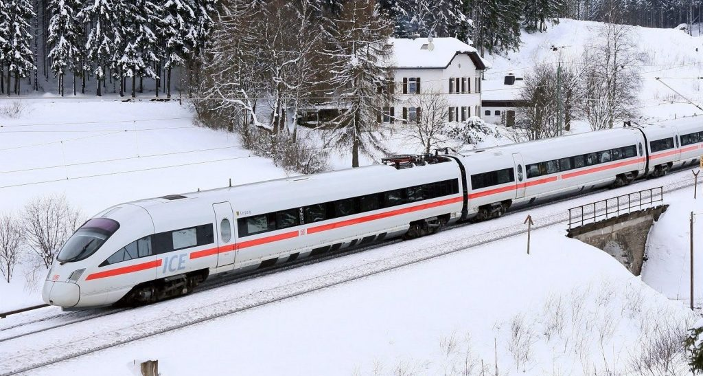 ICE-train-DB75774-Copyright-Deutsche-Bahn-AG-Uwe-Miethe