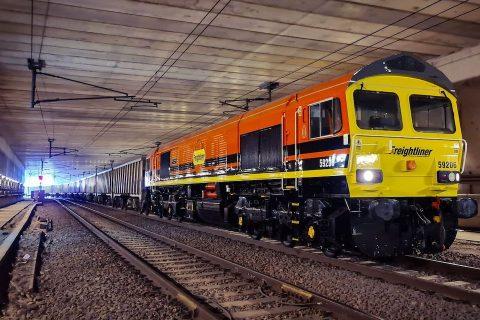 Freightliner RFID fitted to locomotive 59206(Freightliner)
