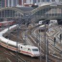 Train leaving Berlin statio, photo: Detusche Bahn